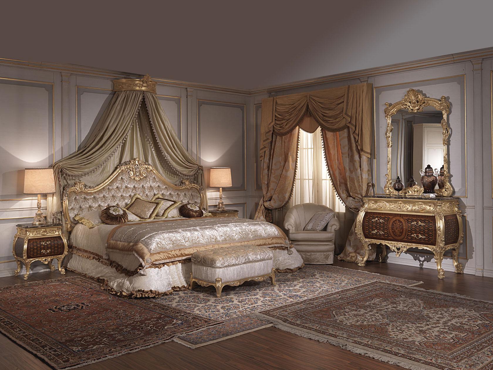Camera da letto classica stile 700 italiano e Luigi XV | Vimercati Meda