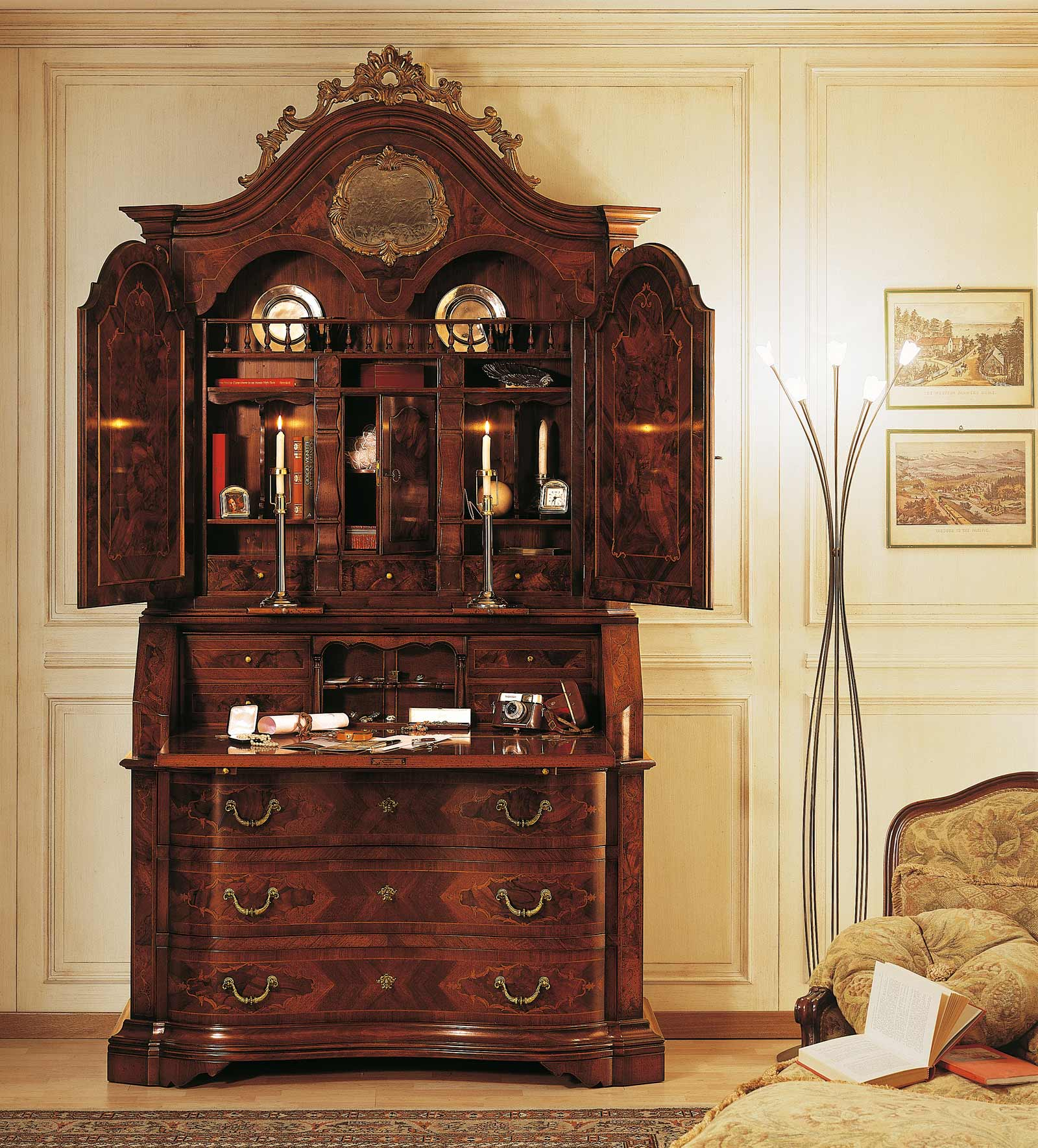 Collezione mobili classici 700 lombardo bureau con for Mobili del 700