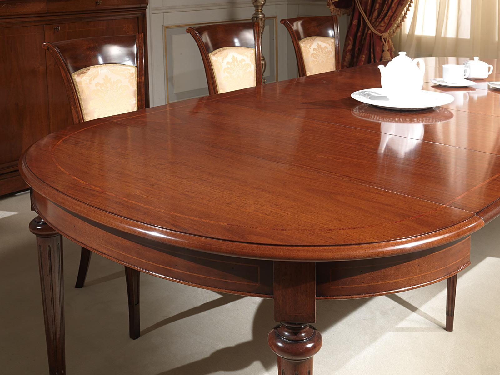 Tavolo ovale allungabile in noce vimercati meda - Tavoli da pranzo classici ...
