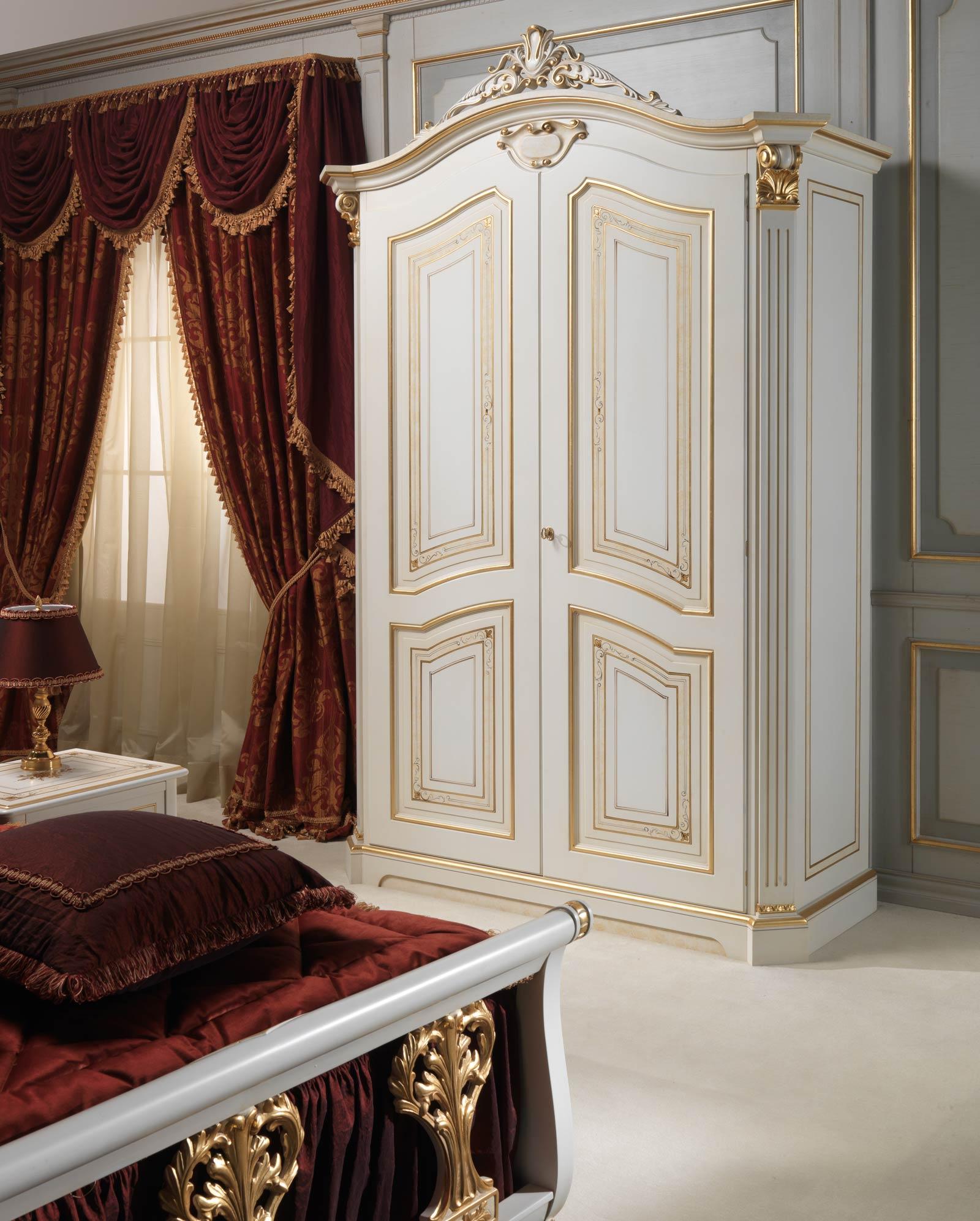Camera da letto classica Rubens in stile 700 francese: armadio laccato ...