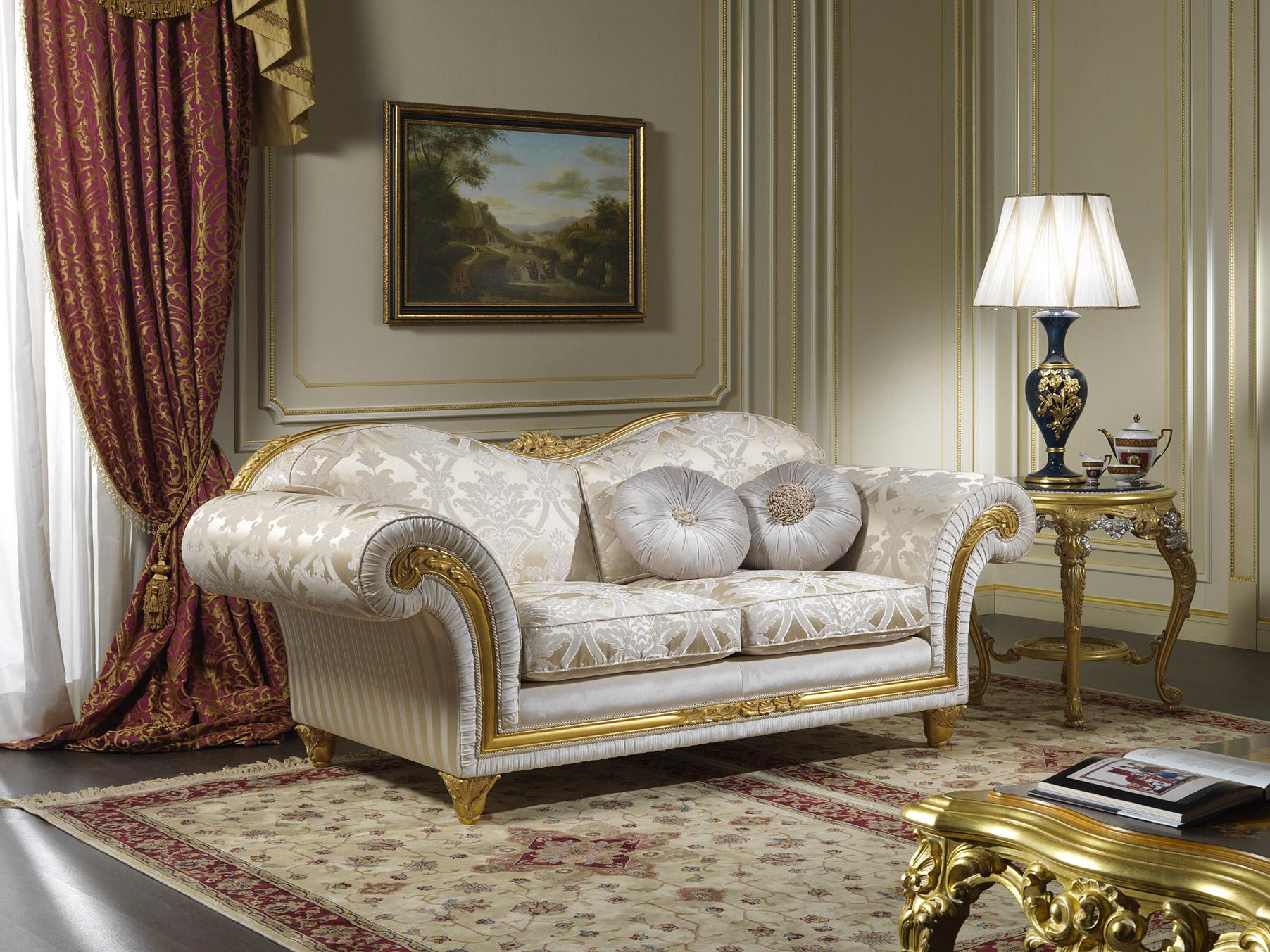 Arredamento per salotto in stile classico excelsior for Arredamento salotto classico
