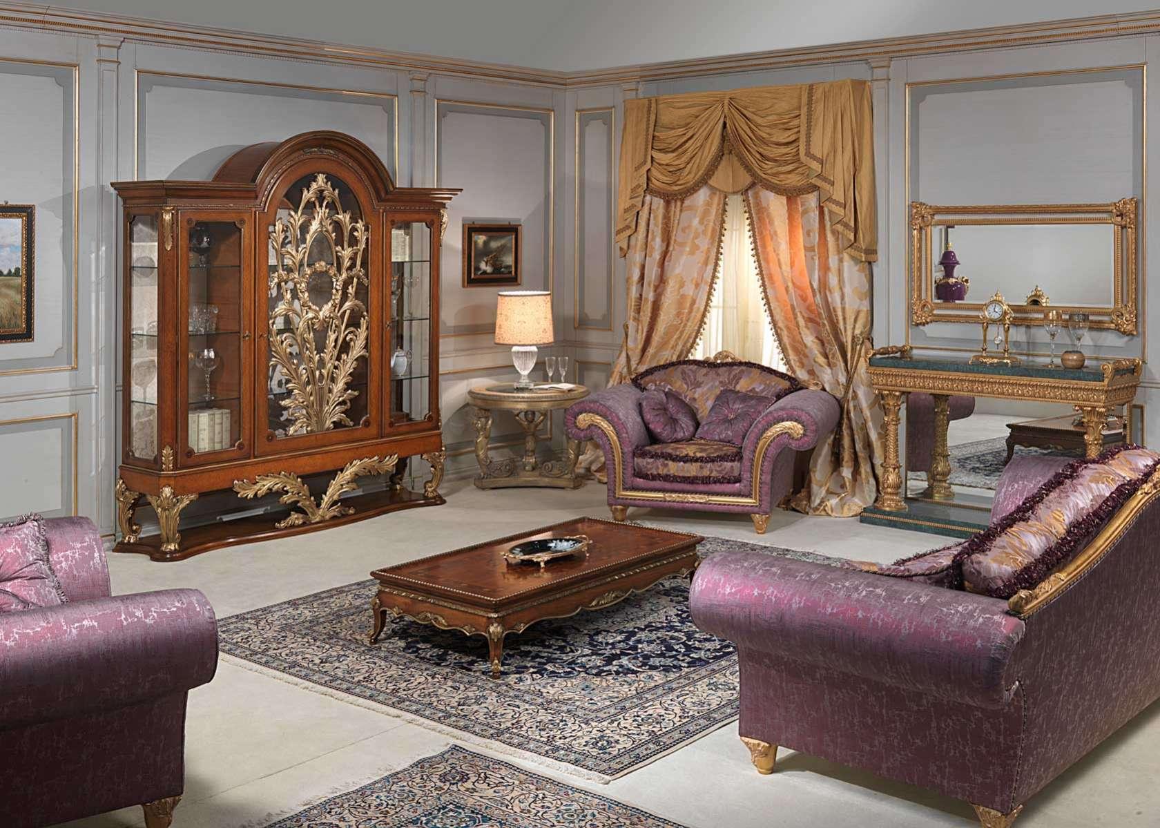 Salotto stile luigi xvi vetrina divano e poltrone for Tavolino con vetrina