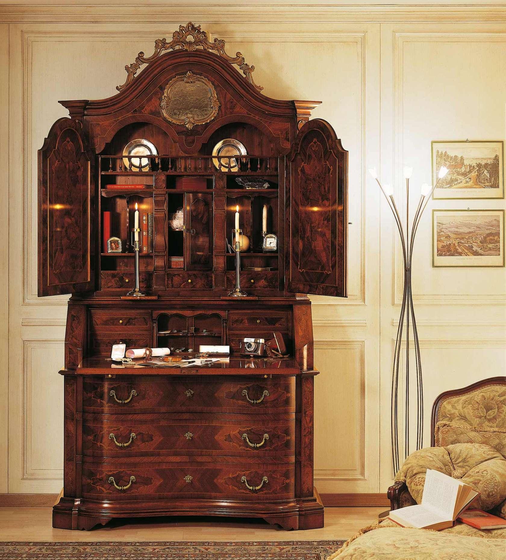 Collezione mobili classici 700 lombardo bureau con for Mobili 700 lombardo