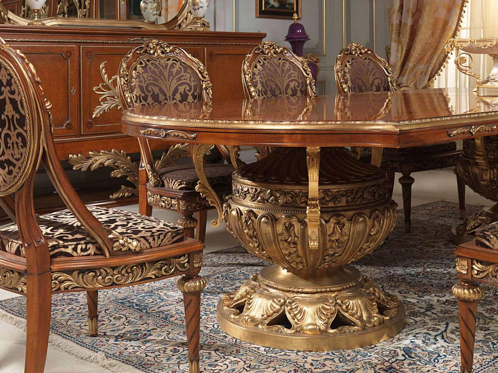 Tavolo e sedie Versailles in stile Luigi XVI | Vimercati Meda