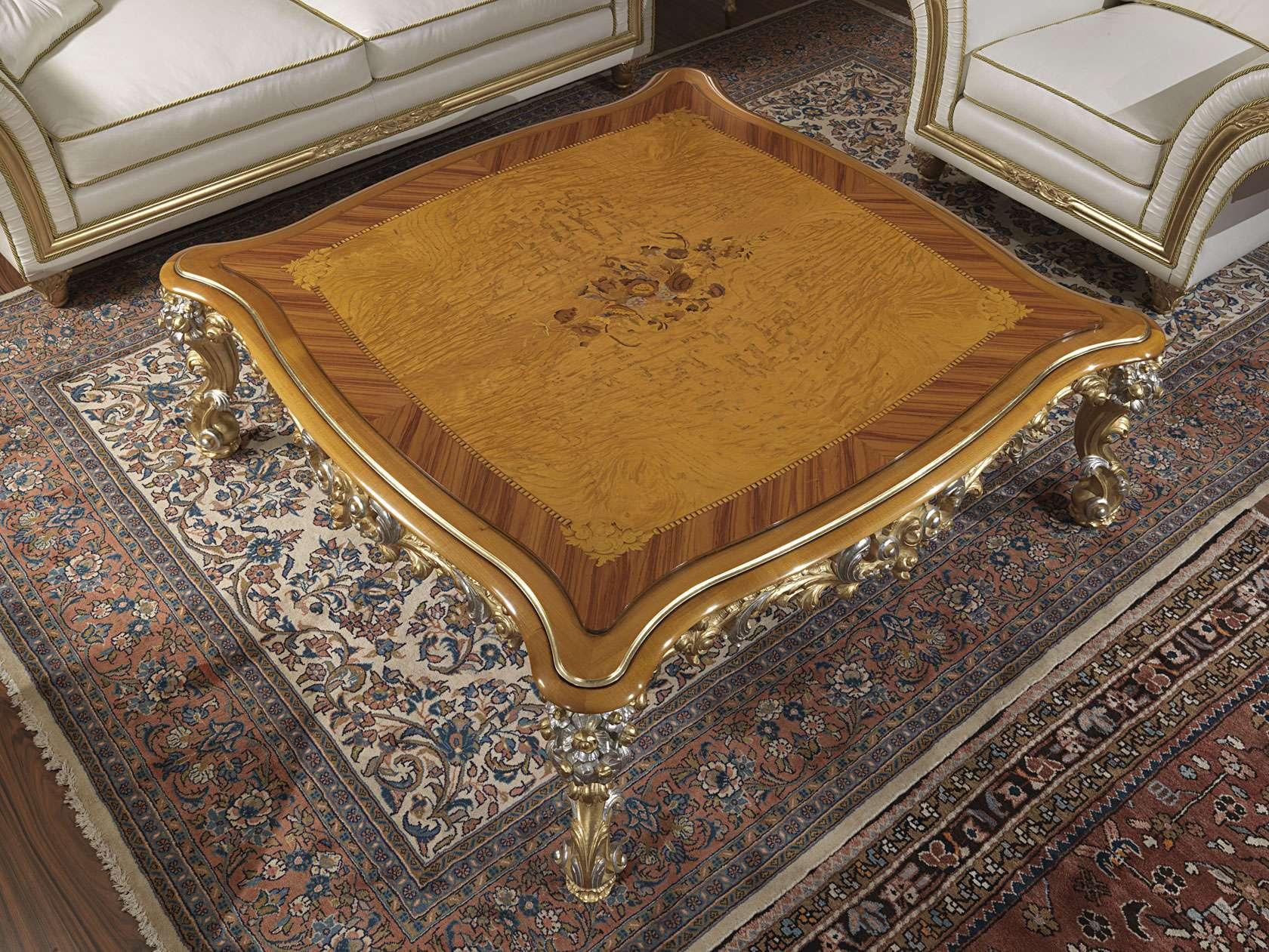 Salotto classico Imperial in pelle bianca, tavolo intarsiato e intagliato  V...