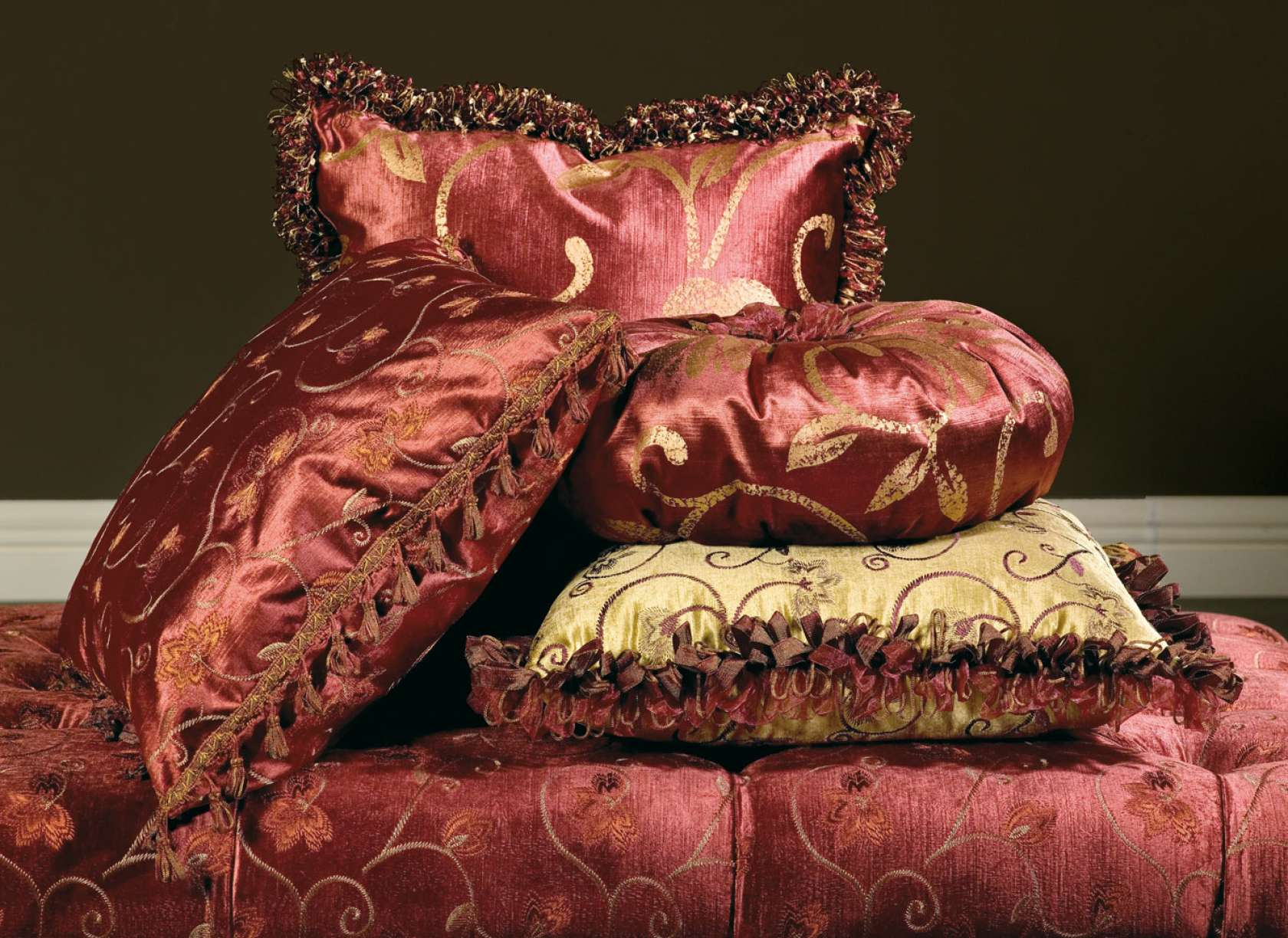 Cuscini Per Divani Classici.Cuscini Imbottiti Palace Vimercati Meda