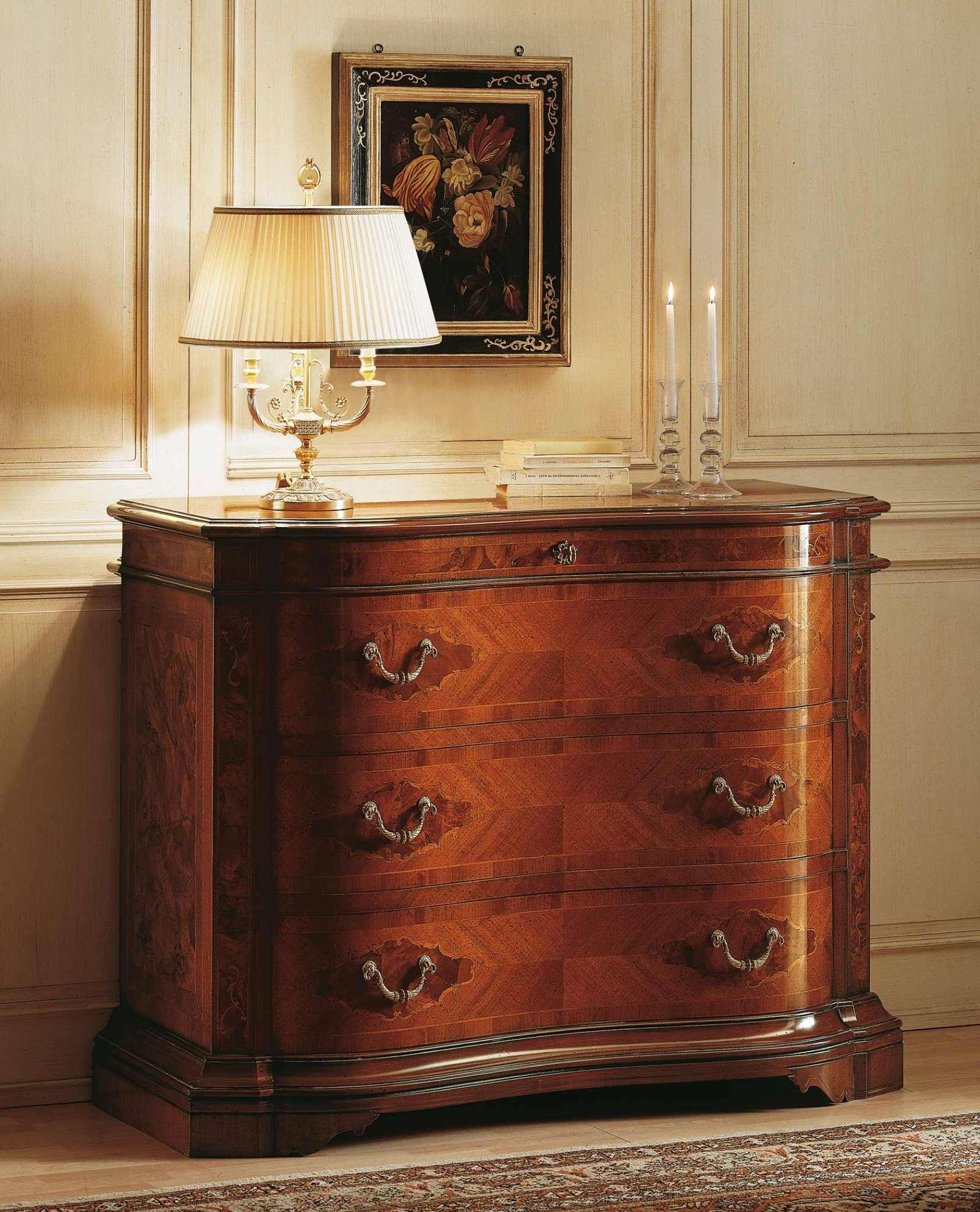Collezione mobili classici 700 lombardo com in noce - Mobili classici di lusso ...