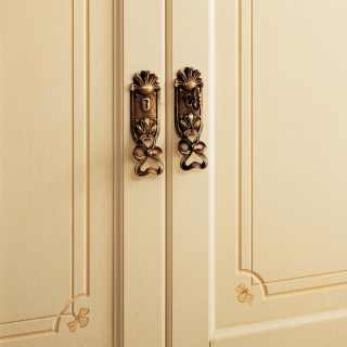 Classic modular wardrobe made in Italy, detail