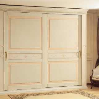 Classic style wardrobe Canova collection with sliding doors, anticated lacquered finish, antique pink band and borders