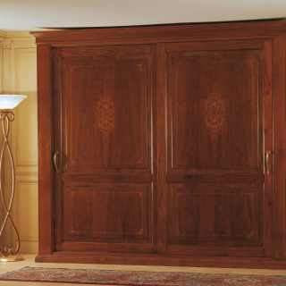 Walnut wardorbe, two sliding doors with marquetry. Solid wood back. 800 francese collection