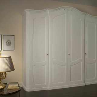 Italian wardrobe from the Settecento classic collection, white finish