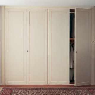 Embedded classic wardrobe, handmade in Italy