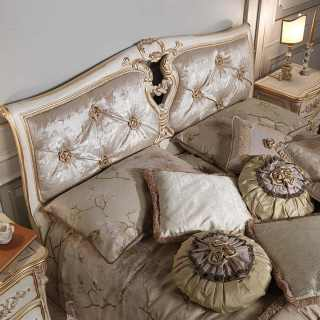 Classic bed Luigi XVI style, handmade in Italy