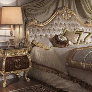 Comodino di lusso in stile Luigi XV