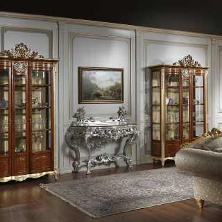 Mobile vetrina per soggiorno in stile classico