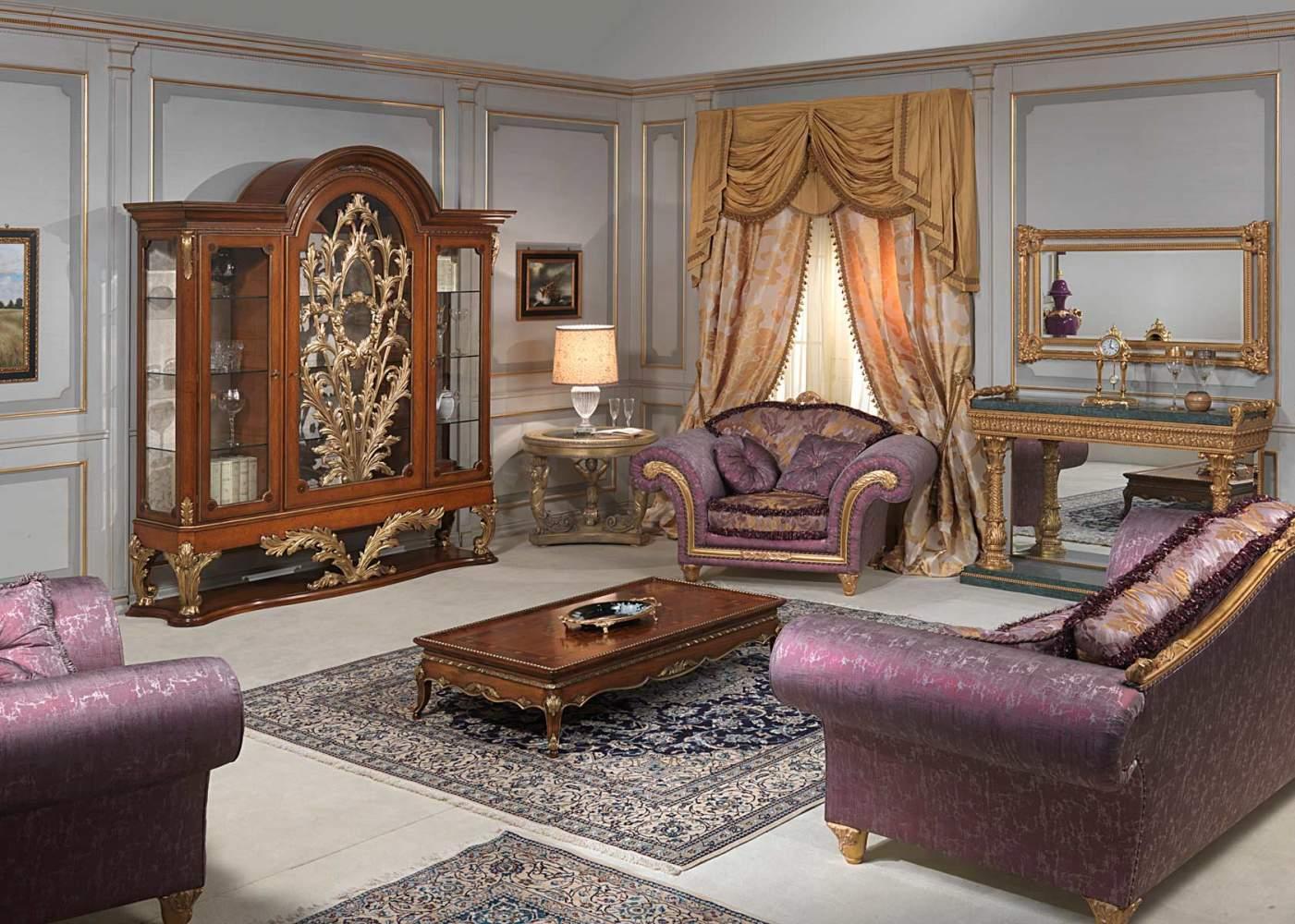 Salotto stile luigi xvi vetrina divano e poltrone for Console per salotto