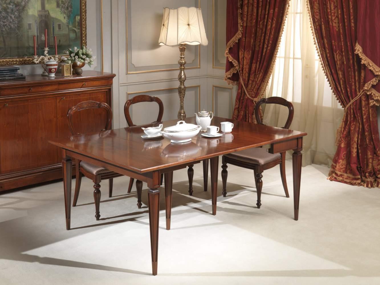 Tavolo consolle classico in noce parzialmente allungato