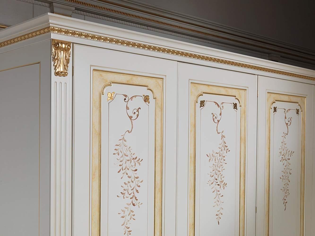 Armadio componibile classico bianco e oro