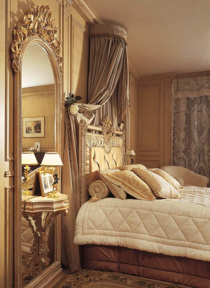 Camera da letto classica Louvre, specchiera con comodino