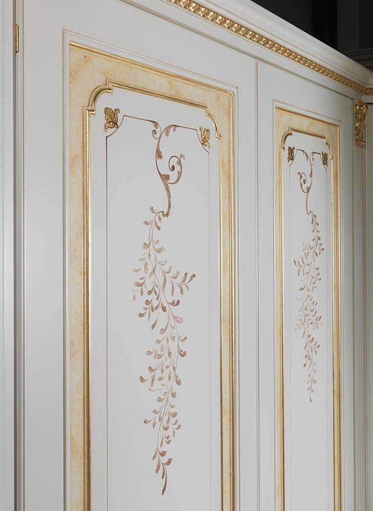 Armadio componibile classico decorato e dorato