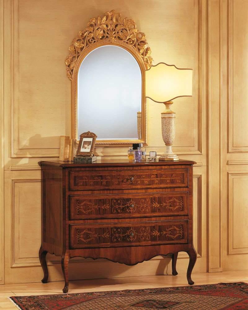 Camera da letto classica Louvre, comò in noce e specchiera intagliata