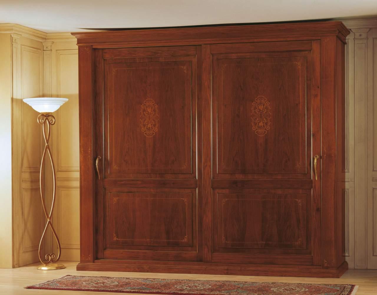 Camera da letto 800 francese, armadio due ante scorrevoli