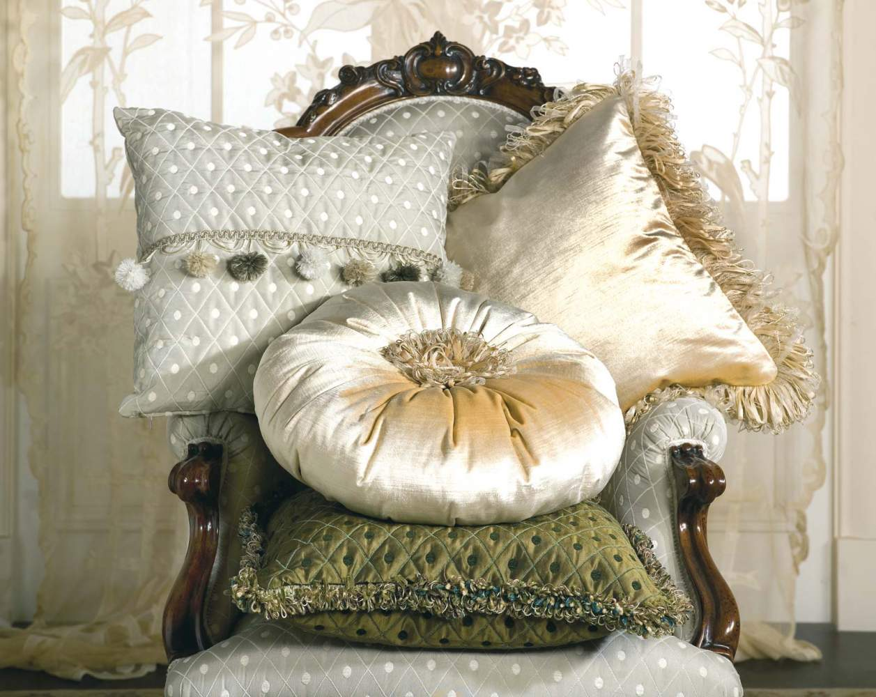 Poltrona classica Carlotta e cuscini