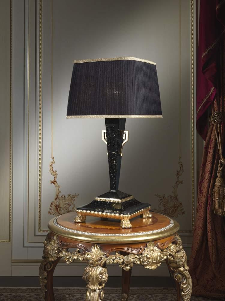 Lampada classica da tavolo
