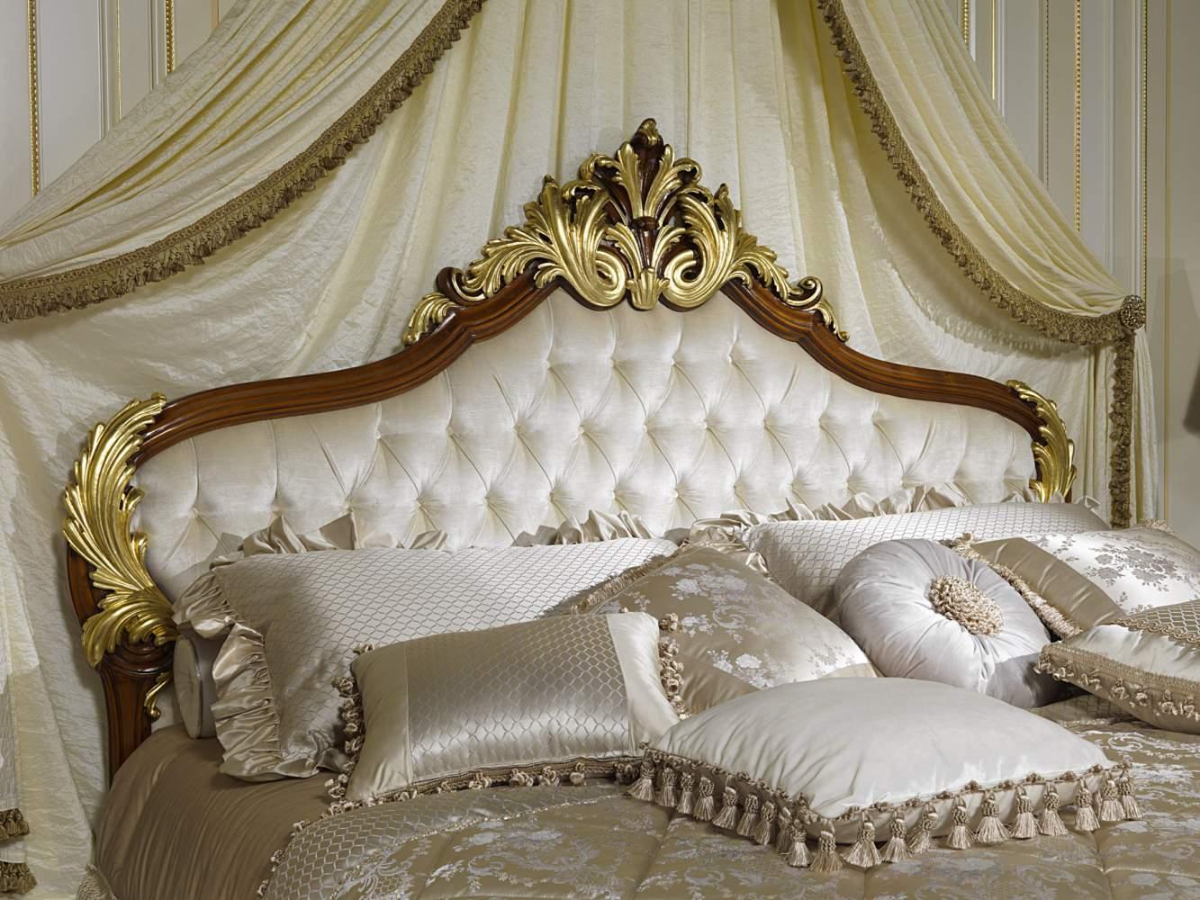 Letto classico elegante, collezione Luigi XV Francia