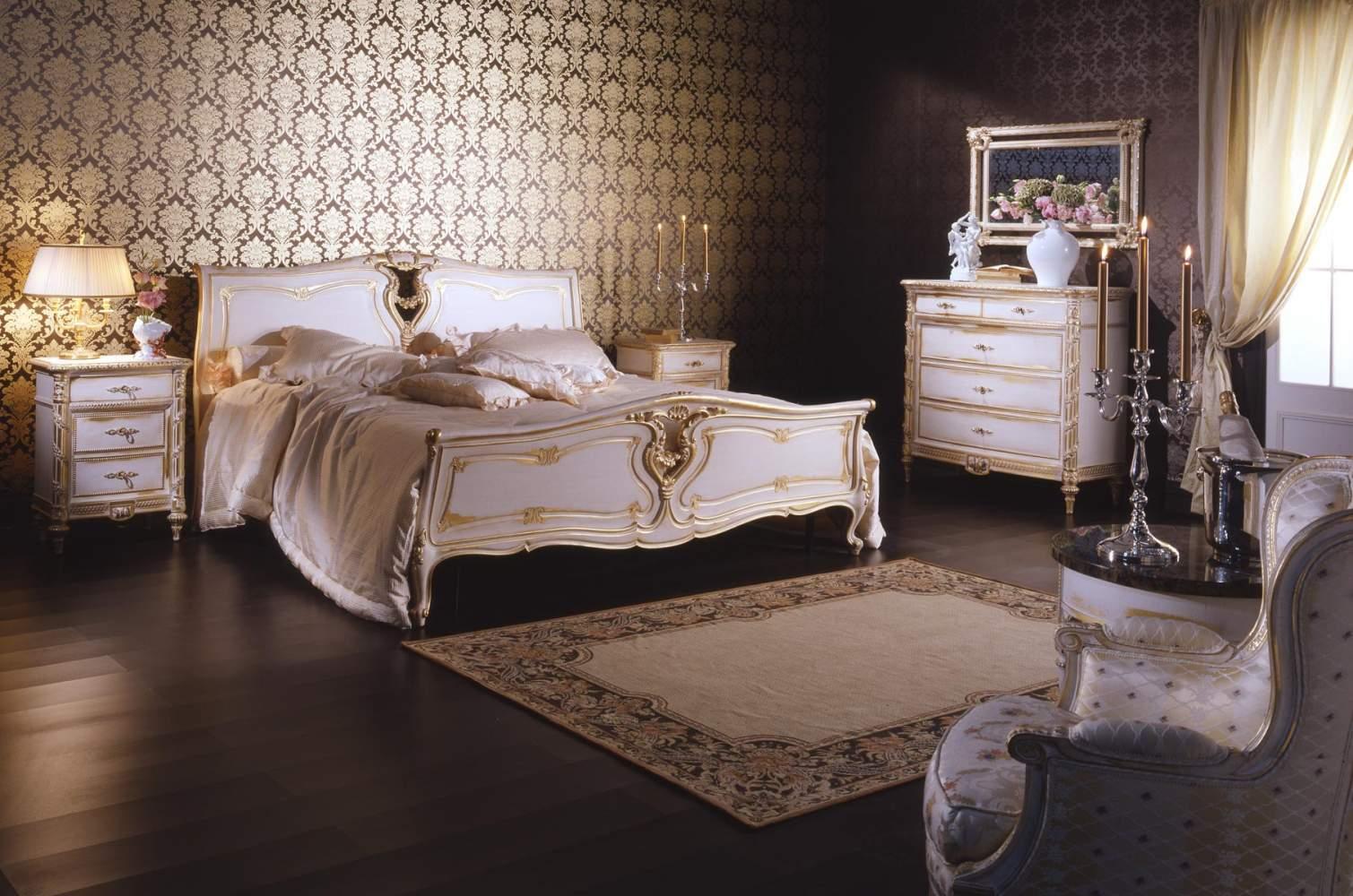 Luigi XVI white and gold