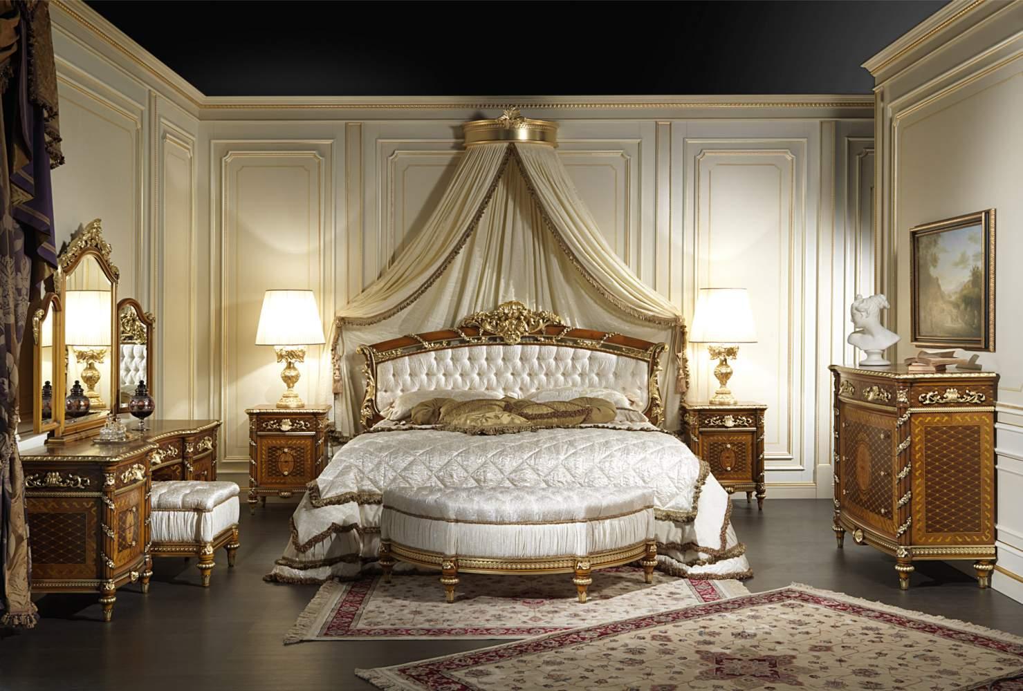 Camera da letto in noce Luigi XVI Noce e Intarsi con letto, comodini, comò e toilette in noce intarsiato e intagliato
